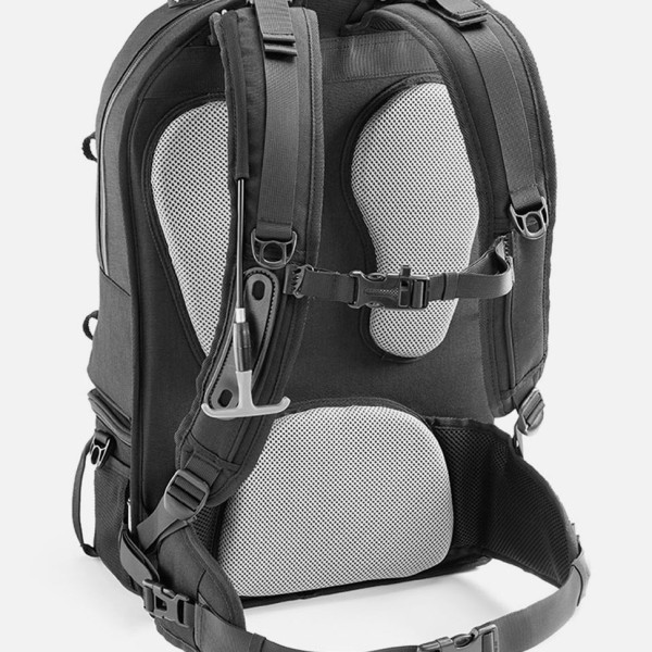The 7 Best Posture-Saving Backpacks, According To A Chiropractor